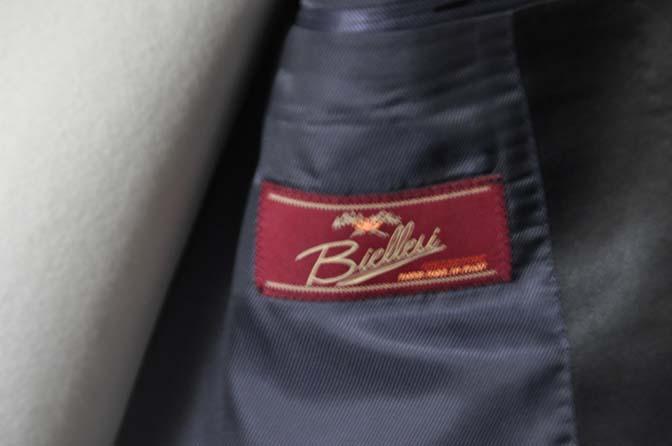 DSC19512 お客様のウエディング衣装の紹介- ネイビーショールカラータキシード-DSC19512 お客様のウエディング衣装の紹介- ネイビーショールカラータキシード- 名古屋市のオーダータキシードはSTAIRSへ