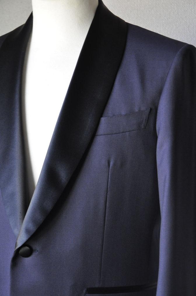 DSC19551 お客様のウエディング衣装の紹介-ネイビータキシード- 名古屋の完全予約制オーダースーツ専門店DEFFERT