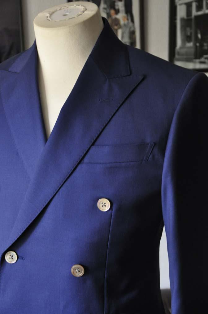 DSC1956 お客様のスーツの紹介-Biellesi 無地ネイビーダブルスーツ-