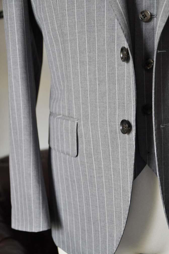DSC1961-1 お客様のスーツの紹介-Biellesiグレーストライプ スリーピース-