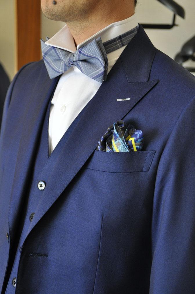 DSC1961 お客様のウエディング衣装の紹介-ネイビースリーピース-
