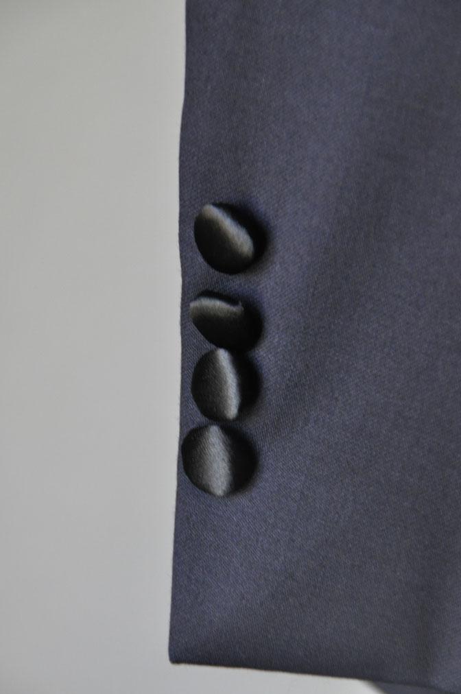 DSC19611 お客様のウエディング衣装の紹介-ネイビータキシード- 名古屋の完全予約制オーダースーツ専門店DEFFERT