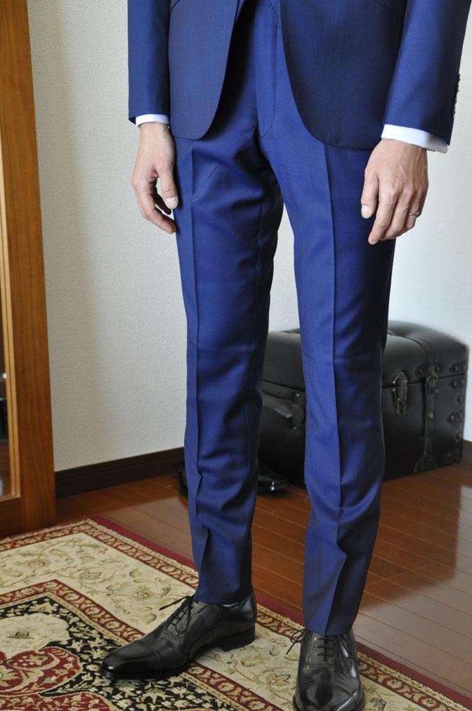 DSC1962 お客様のウエディング衣装の紹介-ネイビースリーピース-