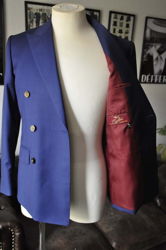 DSC1963 お客様のスーツの紹介-Biellesi 無地ネイビーダブルスーツ-