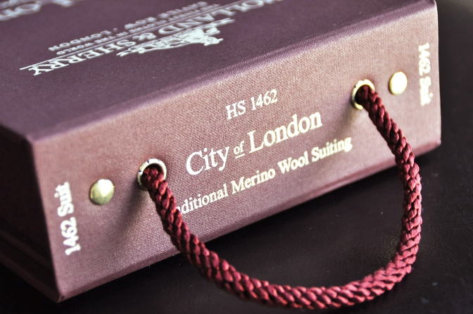DSC1978 2014AW生地のご紹介-HOLLAND&SHERRY City of London~Vintage Suiting~-