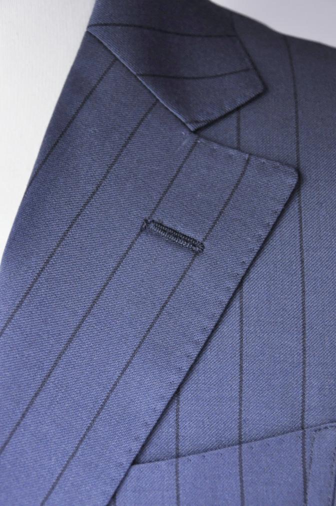 DSC1984 お客様のスーツの紹介-BIELLESI ネイビーストライプ-