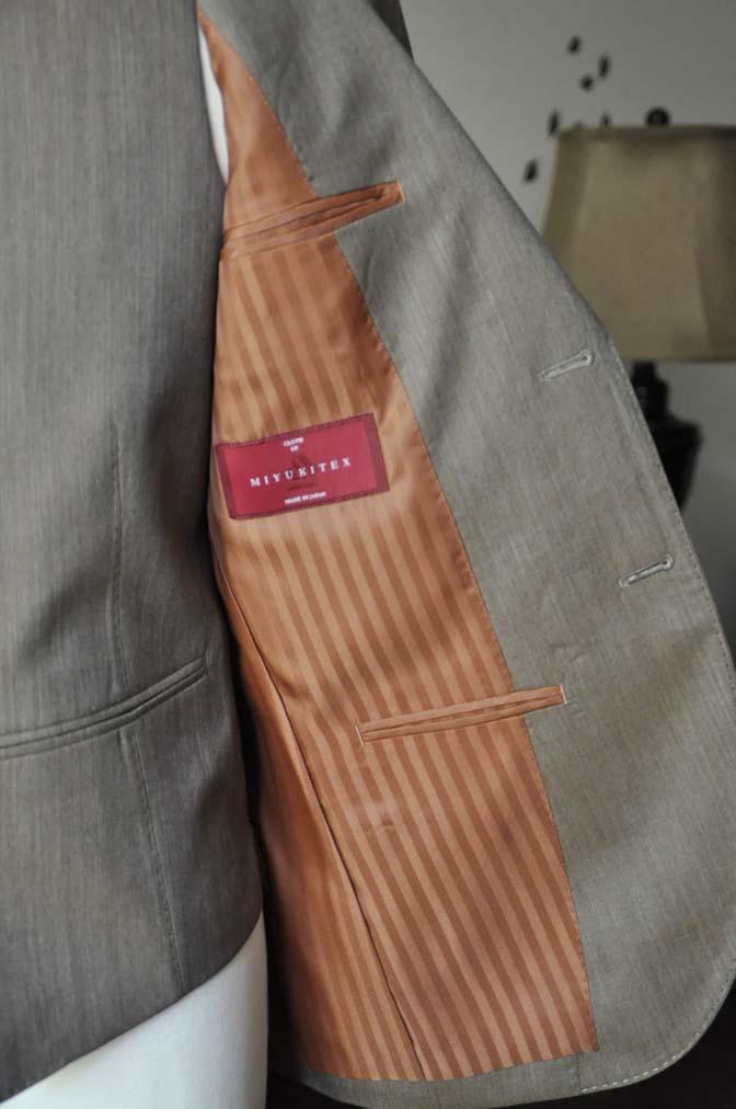 DSC1991-1 お客様のスーツの紹介-御幸毛織 無地ブラウンスリーピース- 名古屋の完全予約制オーダースーツ専門店DEFFERT