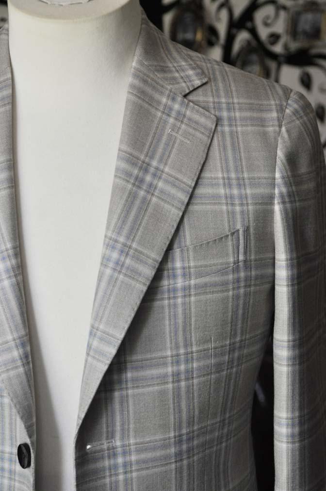 DSC2011-1 お客様のジャケットの紹介-Tallia Di Delfinoベージュチェックジャケット- 名古屋の完全予約制オーダースーツ専門店DEFFERT