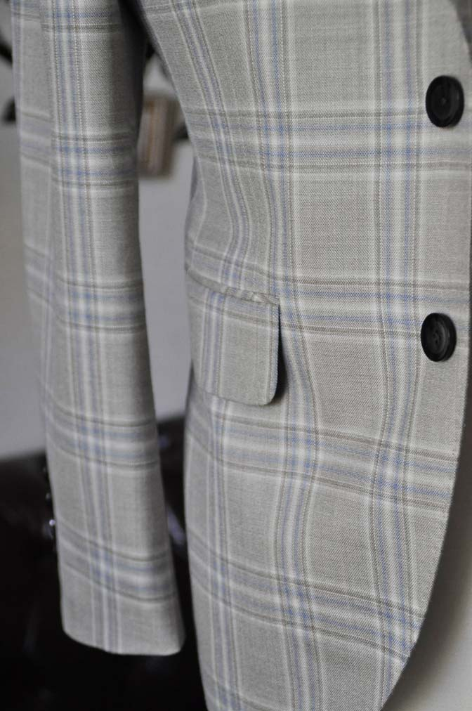 DSC2014-1 お客様のジャケットの紹介-Tallia Di Delfinoベージュチェックジャケット-