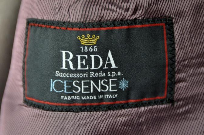 DSC2015 お客様のスーツの紹介- REDA ICESENSE グレーストライプ-
