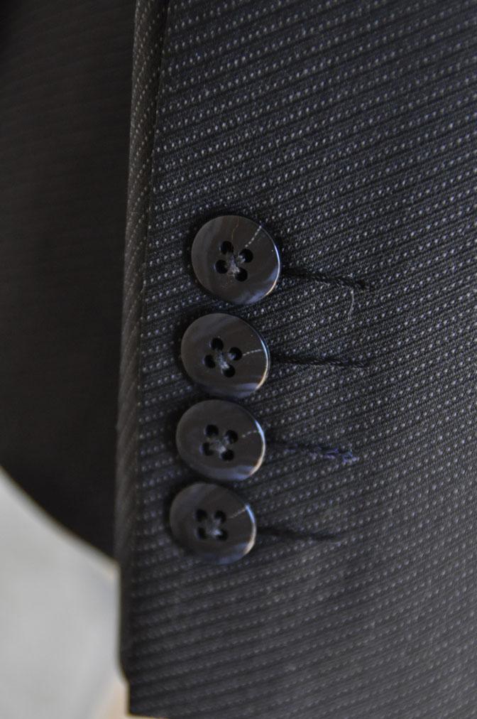 DSC2017 お客様のスーツの紹介-チャコールグレー スリーピーススーツ-