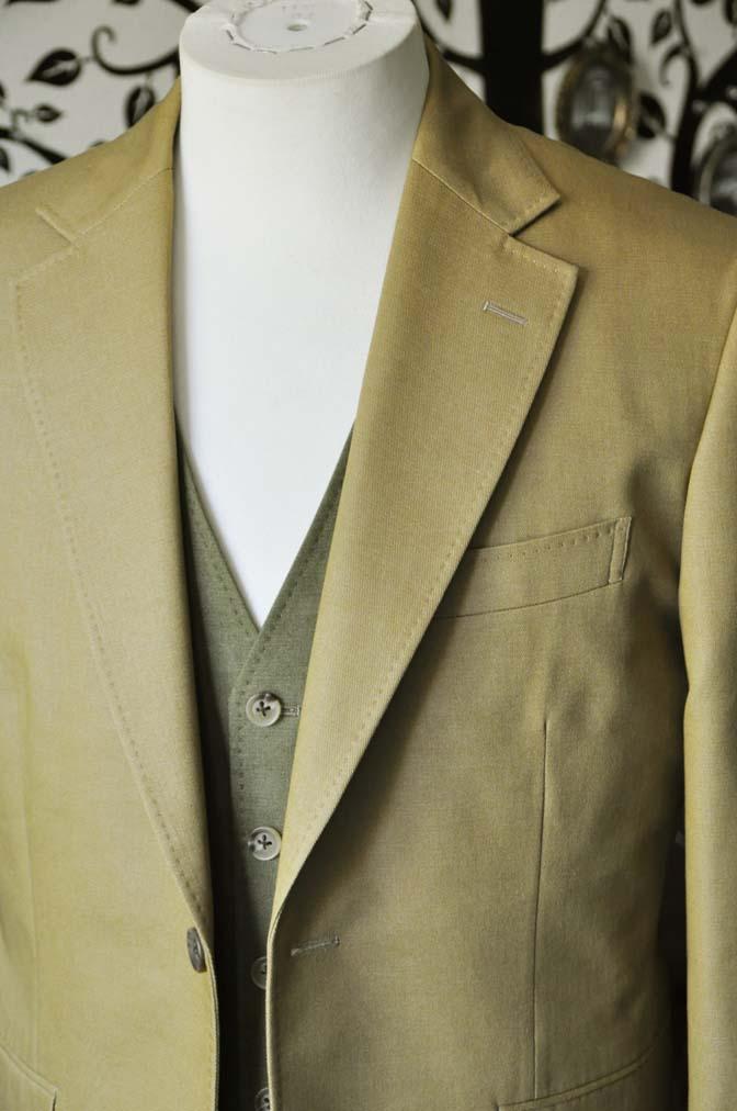 DSC2031-1 お客様のウエディング衣装の紹介- ベージュジャケット/グリーンベスト-DSC2031-1 お客様のウエディング衣装の紹介- ベージュジャケット/グリーンベスト- 名古屋市のオーダータキシードはSTAIRSへ