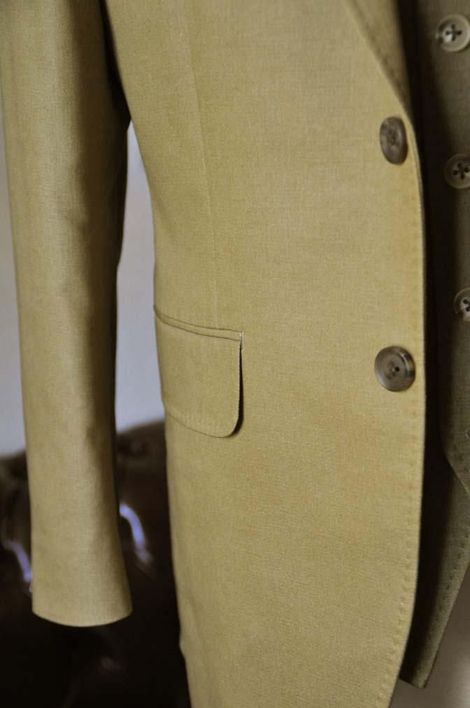 DSC2035-1 お客様のウエディング衣装の紹介- ベージュジャケット/グリーンベスト-DSC2035-1 お客様のウエディング衣装の紹介- ベージュジャケット/グリーンベスト- 名古屋市のオーダータキシードはSTAIRSへ