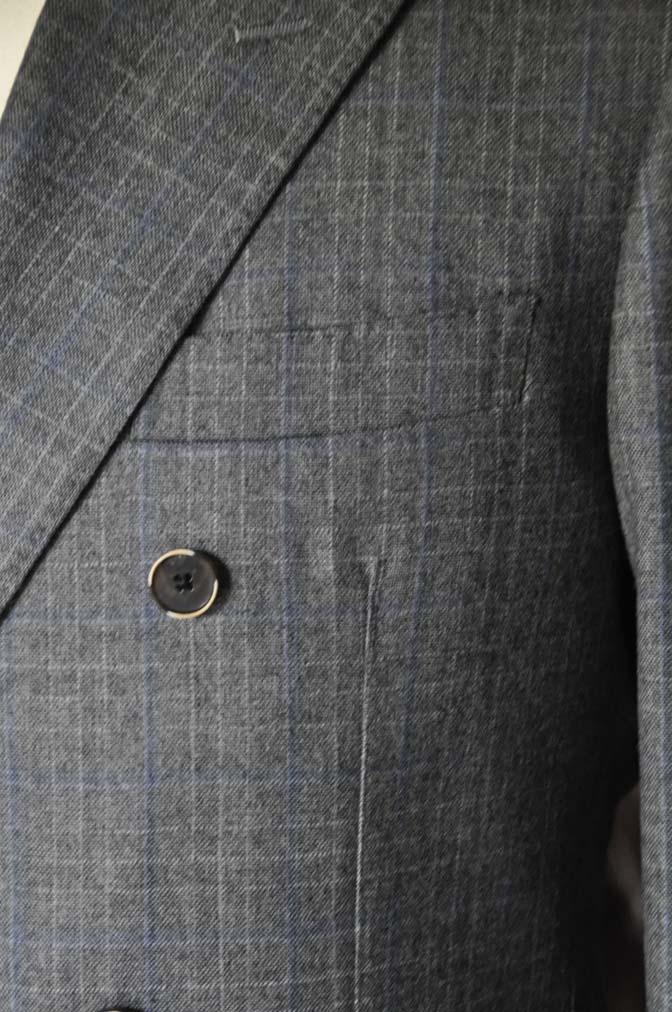 DSC20351 お客様のスーツの紹介- DARROWDALE グレーチェック6*2ダブルスーツ-