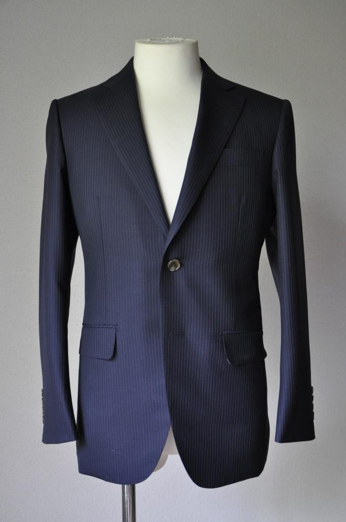 DSC2042-680x1024 お客様のスーツの紹介-ALFRED BROWN ネイビーストライプ- 名古屋の完全予約制オーダースーツ専門店DEFFERT