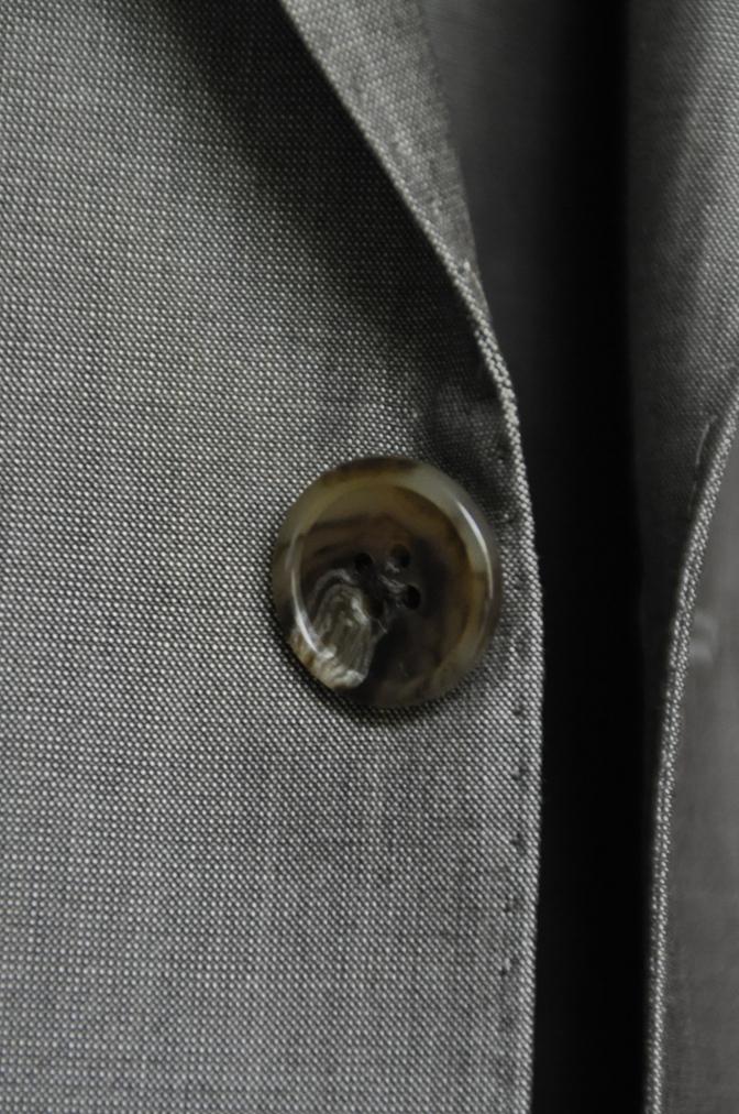 DSC2067 お客様のウエディング衣装の紹介- グレースリーピーススーツ-