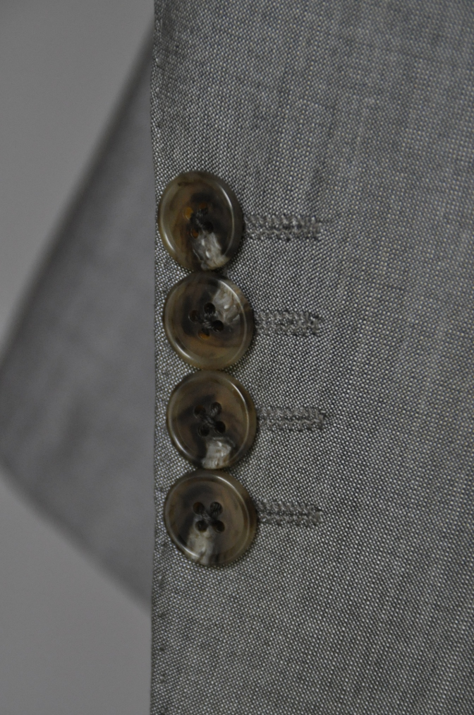 DSC2070 お客様のウエディング衣装の紹介- グレースリーピーススーツ-