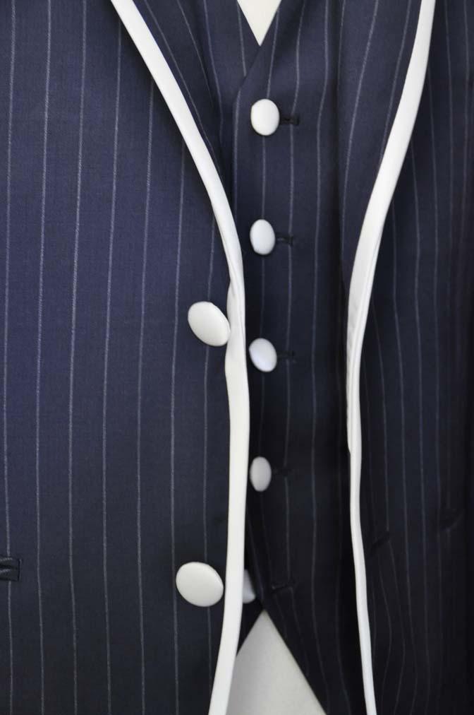 DSC2073-1 お客様のウエディング衣装の紹介- Biellesiネイビーストライプパイピングジャケット-DSC2073-1 お客様のウエディング衣装の紹介- Biellesiネイビーストライプパイピングジャケット- 名古屋市のオーダータキシードはSTAIRSへ