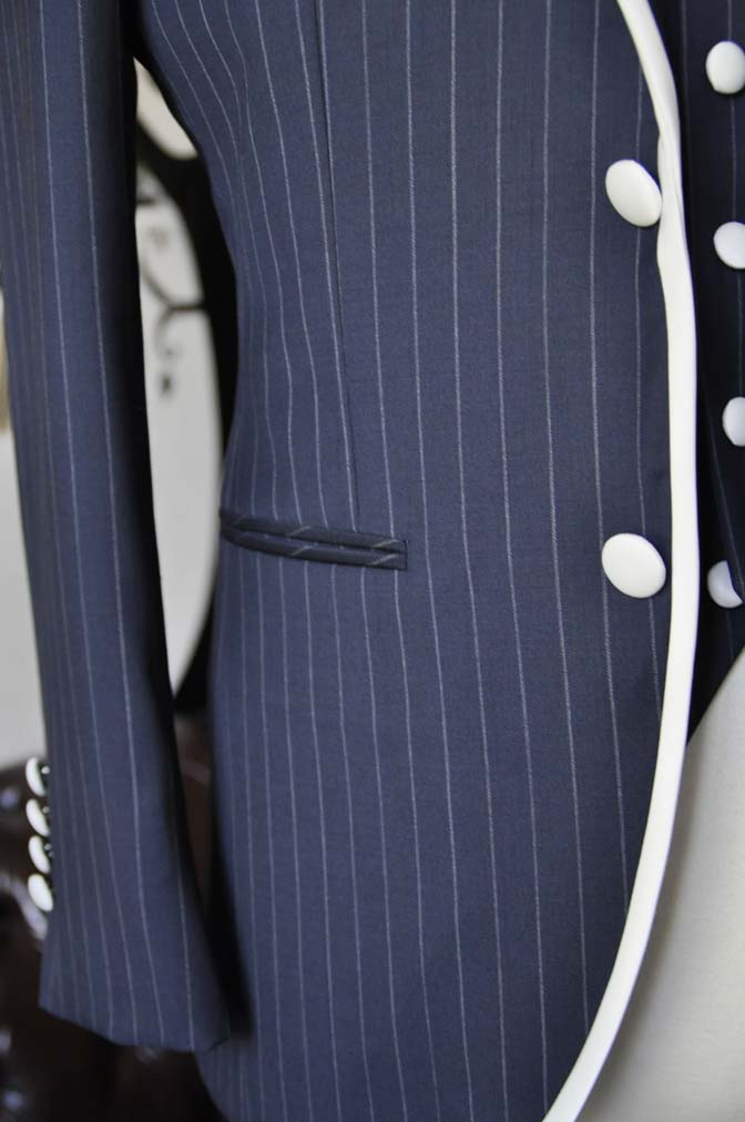 DSC2074-1 お客様のウエディング衣装の紹介- Biellesiネイビーストライプパイピングジャケット-DSC2074-1 お客様のウエディング衣装の紹介- Biellesiネイビーストライプパイピングジャケット- 名古屋市のオーダータキシードはSTAIRSへ