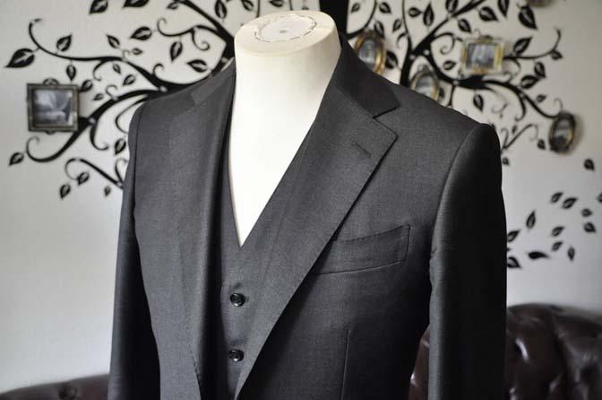 DSC2087-1 スーツのパーツ名称 「ラペル」 名古屋の完全予約制オーダースーツ専門店DEFFERT