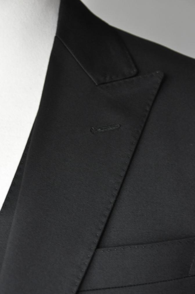 DSC20871 お客様のスーツの紹介- BIELLESI ブラックスリーピーススーツ-