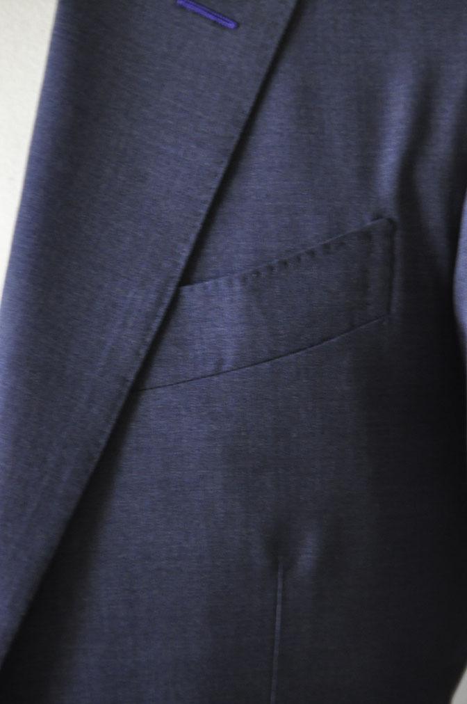 DSC21092 お客様のスーツの紹介-CANONICO 無地ネイビースリーピーススーツ -