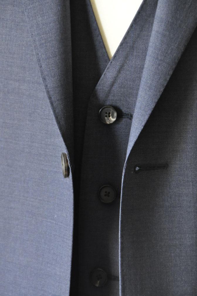 DSC21102 お客様のスーツの紹介-CANONICO 無地ネイビースリーピーススーツ -