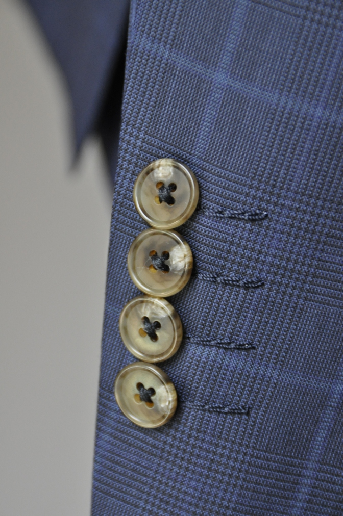 DSC2137 お客様のスーツの紹介-BIELLESI ネイビーチェック-