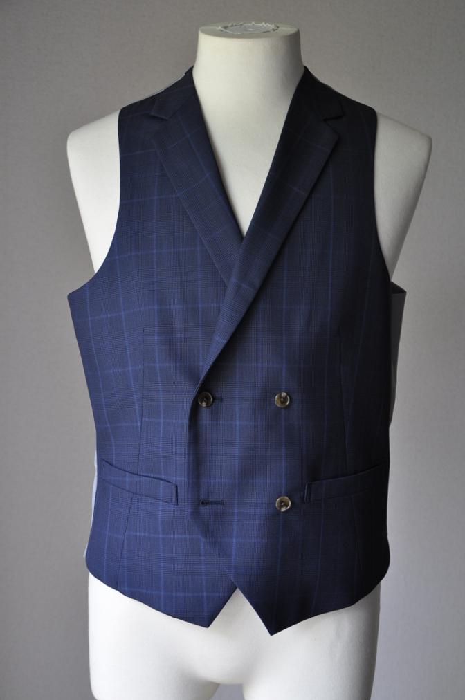 DSC2140 お客様のスーツの紹介-BIELLESI ネイビーチェック-
