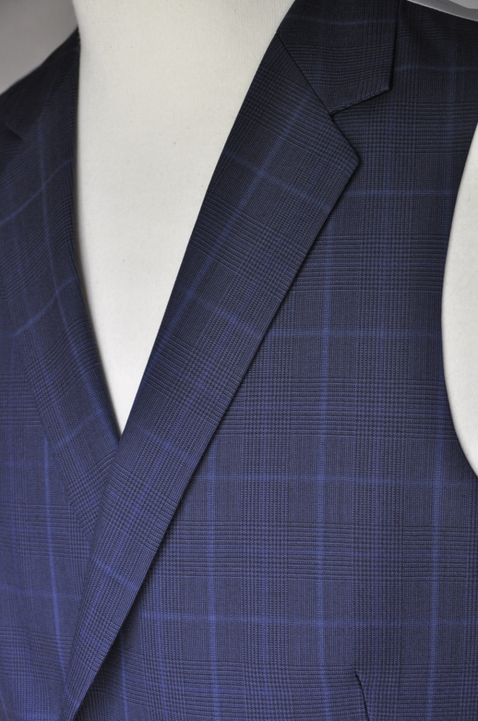DSC2141 お客様のスーツの紹介-BIELLESI ネイビーチェック-
