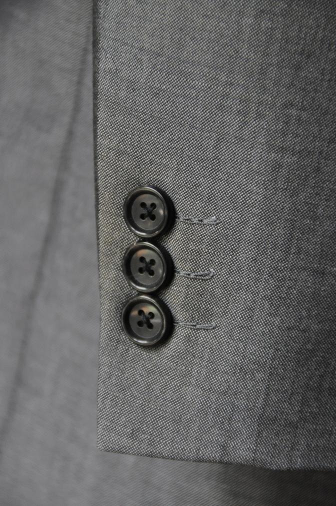 DSC2157 お客様のスーツの紹介- 御幸毛織 NAPOLENA(ナポレナ) 無地グレーモヘア-