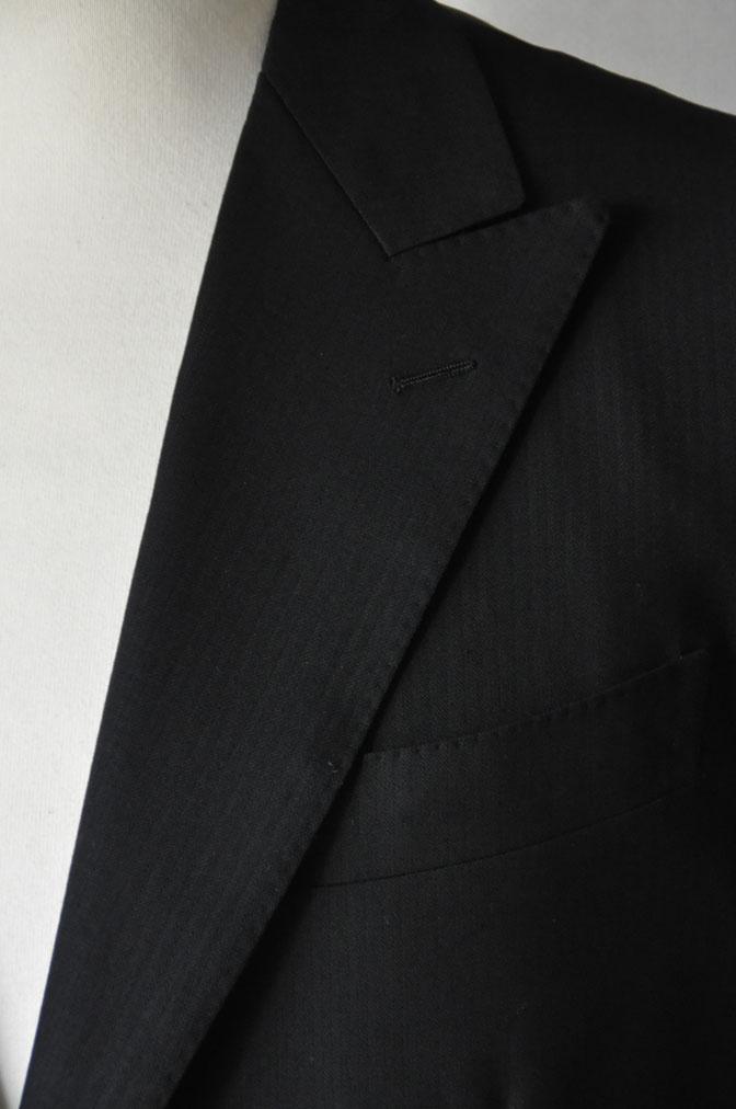 DSC21591 お客様のスーツの紹介-ブラックヘリンボーン -
