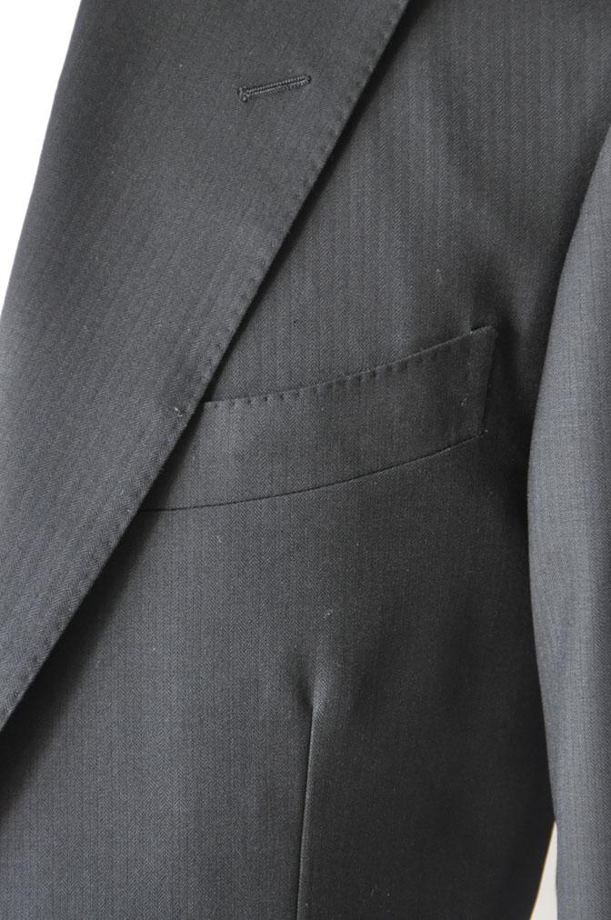 DSC21601 お客様のスーツの紹介-ブラックヘリンボーン -