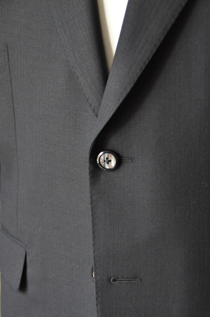 DSC2161 お客様のスーツの紹介-ブラックヘリンボーン -
