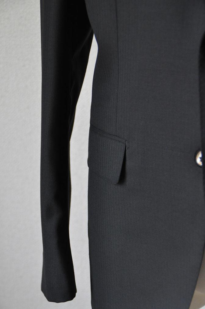 DSC2162 お客様のスーツの紹介-ブラックヘリンボーン -