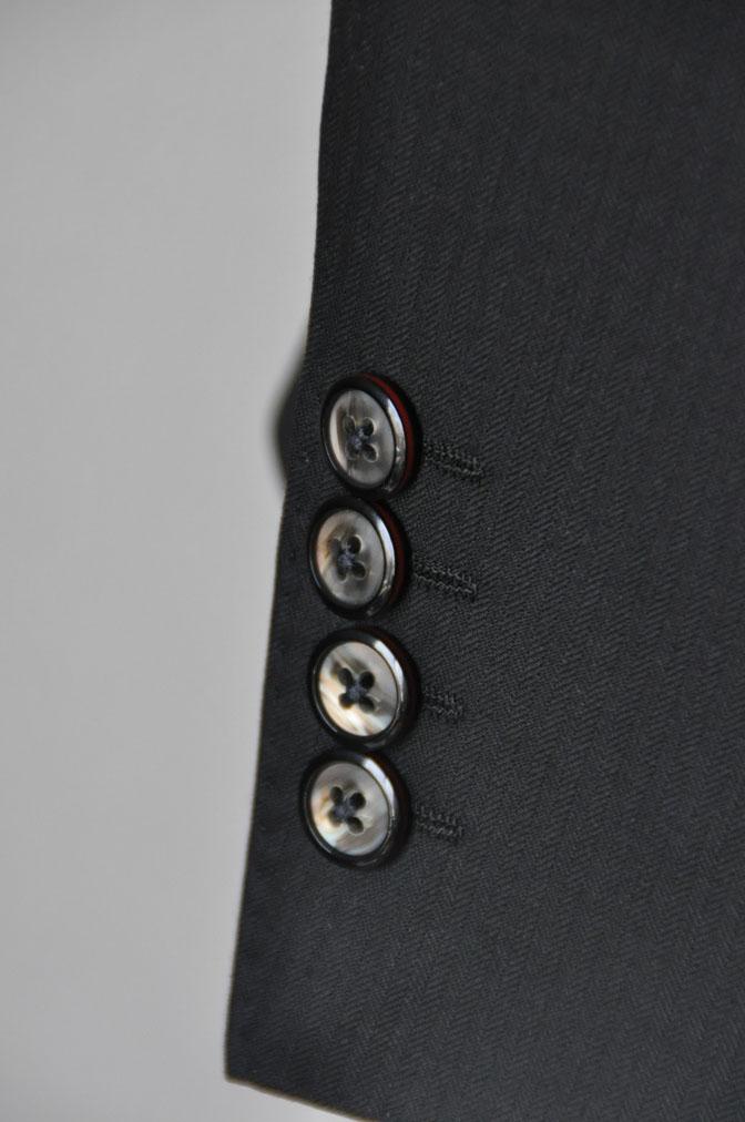 DSC2163 お客様のスーツの紹介-ブラックヘリンボーン -