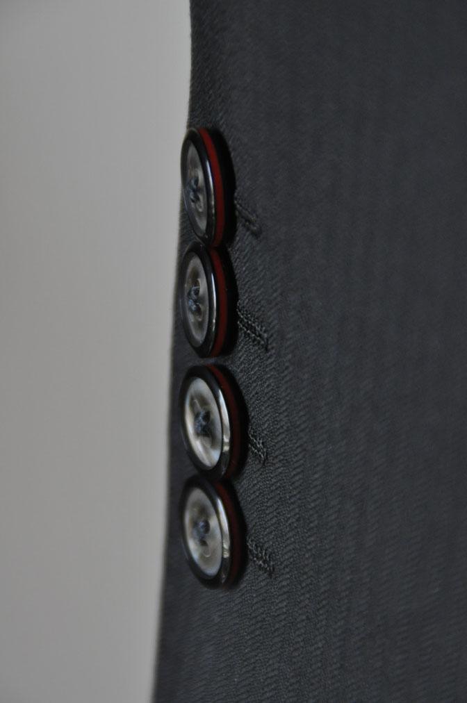 DSC2165 お客様のスーツの紹介-ブラックヘリンボーン -