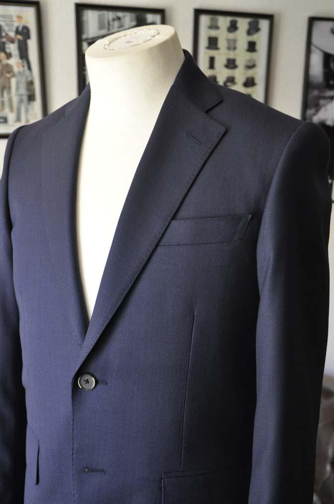 DSC2191 お客様のスーツの紹介- Biellesi ネイビーバーズアイ スーツ-