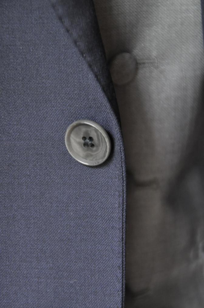 DSC2200 お客様のウエディング衣装の紹介- BIELLESI 無地ネイビースーツ グレーベスト チェックパンツ-