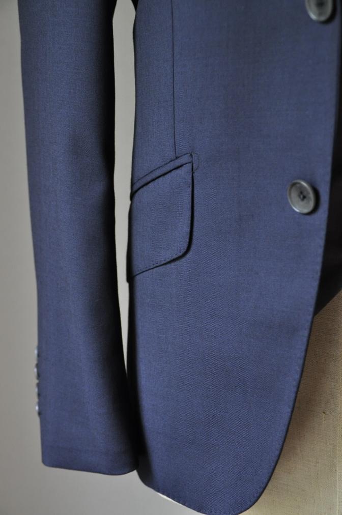 DSC2202 お客様のウエディング衣装の紹介- BIELLESI 無地ネイビースーツ グレーベスト チェックパンツ-