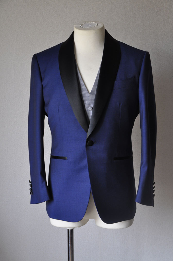 DSC2207 お客様のウエディング衣装の紹介-ネイビータキシード- 名古屋の完全予約制オーダースーツ専門店DEFFERT