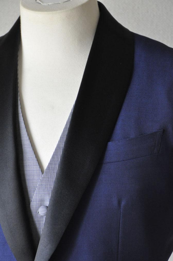 DSC2209 お客様のウエディング衣装の紹介-ネイビータキシード- 名古屋の完全予約制オーダースーツ専門店DEFFERT
