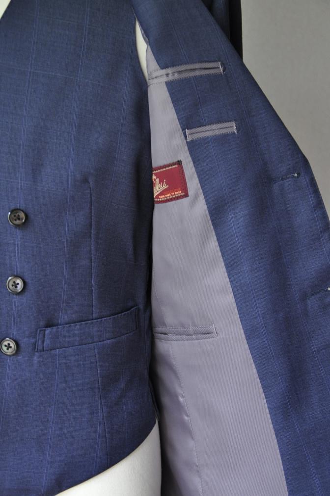DSC2216 お客様のスーツの紹介- BIELLESI ネイビーチェックスリーピース-