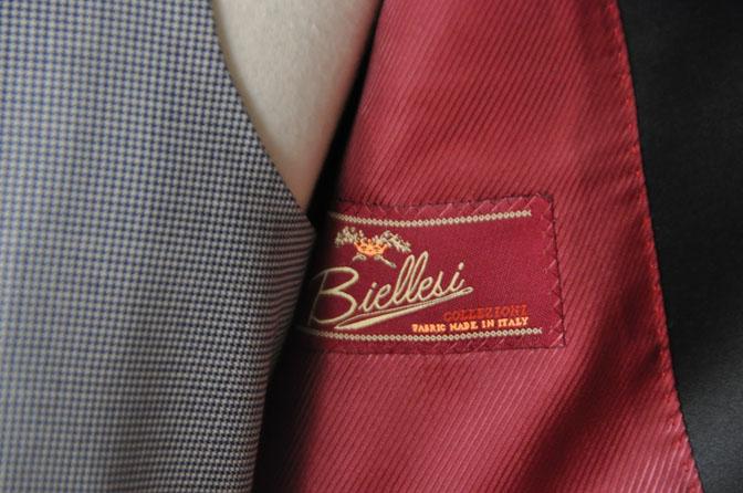 DSC22191 お客様のウエディング衣装の紹介-ネイビータキシード- 名古屋の完全予約制オーダースーツ専門店DEFFERT