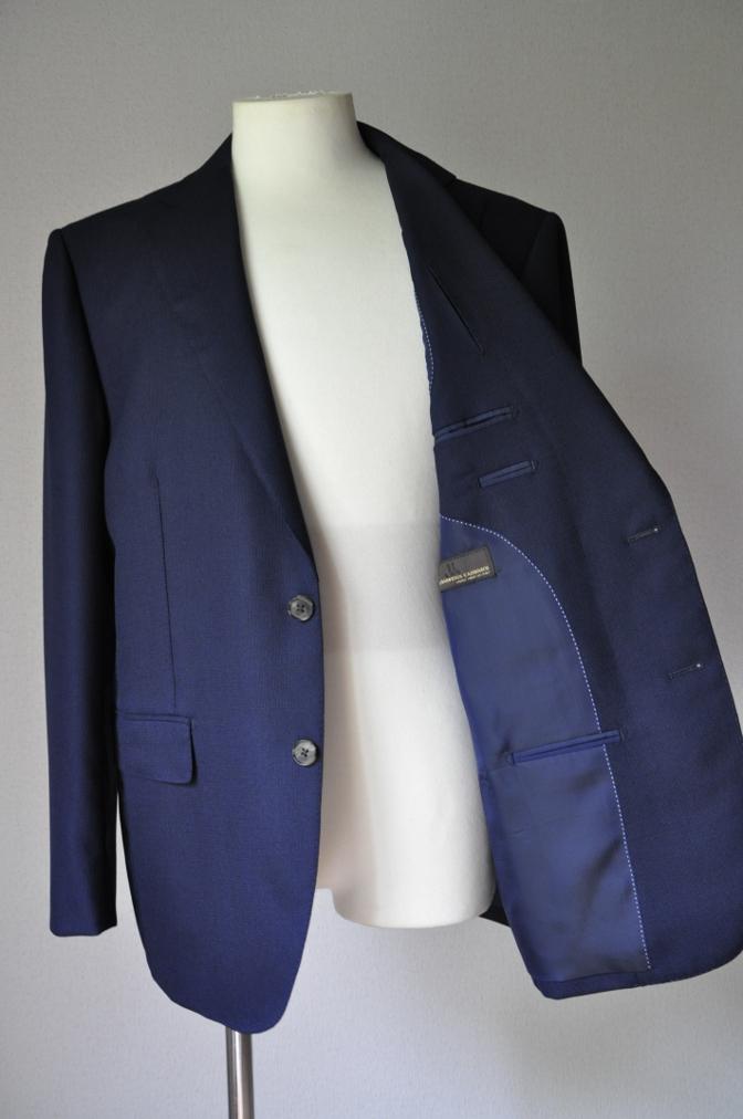 DSC22351 お客様のスーツの紹介-CANONICO ネイビーホップサックジャケット-