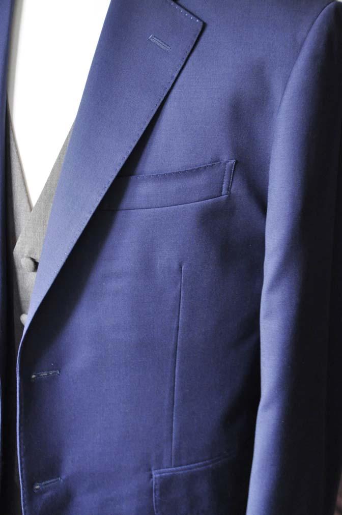 DSC2261-1 お客様のウエディング衣装の紹介- Biellesi無地ネイビースーツ グレーベスト-DSC2261-1 お客様のウエディング衣装の紹介- Biellesi無地ネイビースーツ グレーベスト- 名古屋市のオーダータキシードはSTAIRSへ