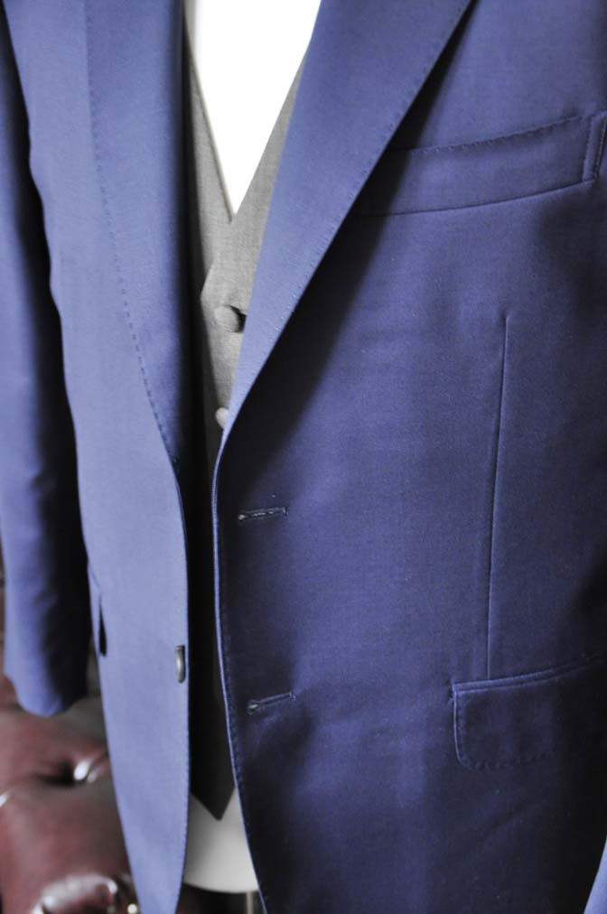 DSC2262-1 お客様のウエディング衣装の紹介- Biellesi無地ネイビースーツ グレーベスト-DSC2262-1 お客様のウエディング衣装の紹介- Biellesi無地ネイビースーツ グレーベスト- 名古屋市のオーダータキシードはSTAIRSへ