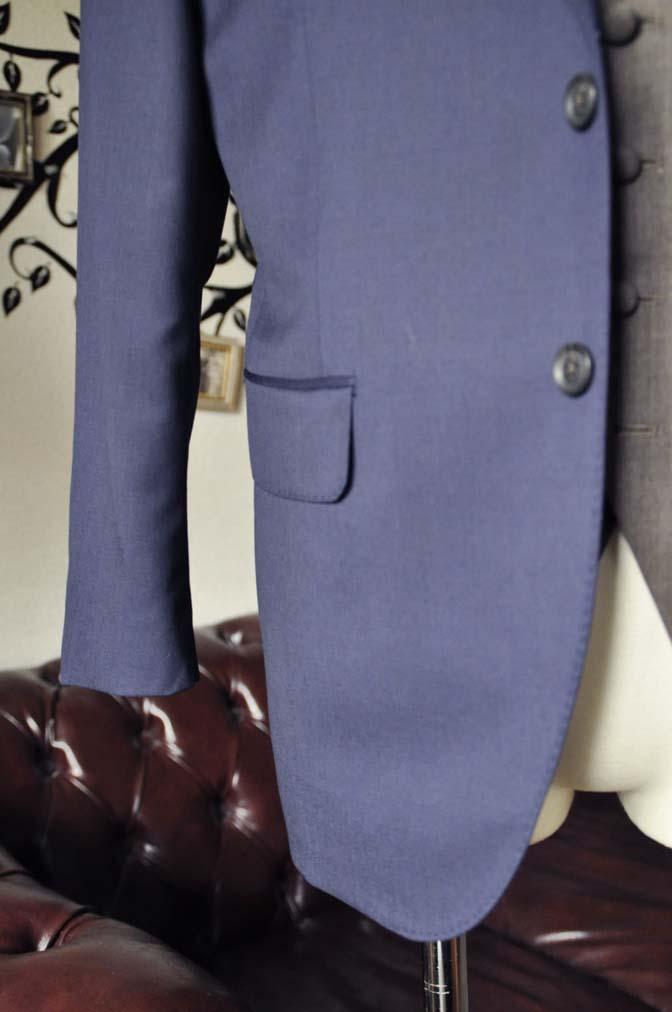 DSC2264-1 お客様のウエディング衣装の紹介- Biellesi無地ネイビースーツ グレーベスト-DSC2264-1 お客様のウエディング衣装の紹介- Biellesi無地ネイビースーツ グレーベスト- 名古屋市のオーダータキシードはSTAIRSへ