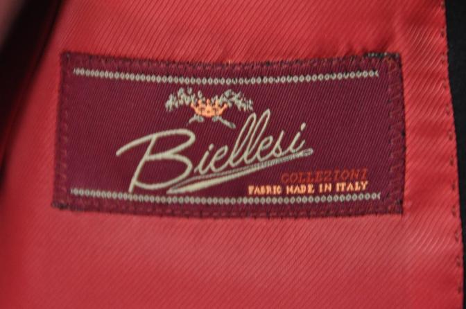 DSC2273 お客様のウエディング衣装の紹介-BIELLESI ネイビータキシードジャケット チェックパンツ- 名古屋の完全予約制オーダースーツ専門店DEFFERT