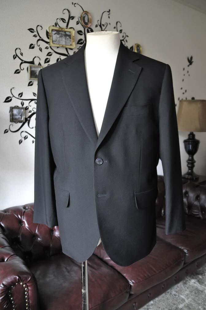 DSC2274-1 お客様のスーツの紹介-ブラックスーツ-